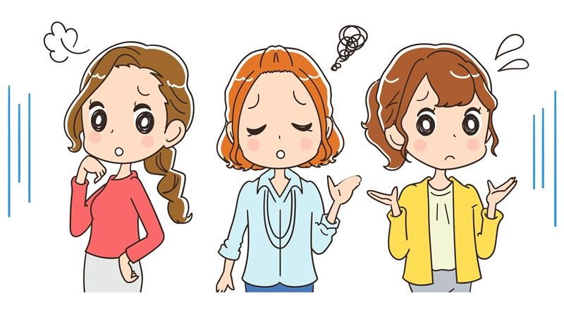エアークローゼットのサイズ交換を解説する女性